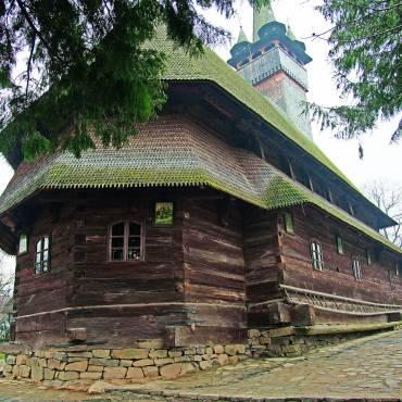 Circuitul bisericilor de lemn din Transilvania de Nord – Maramureş