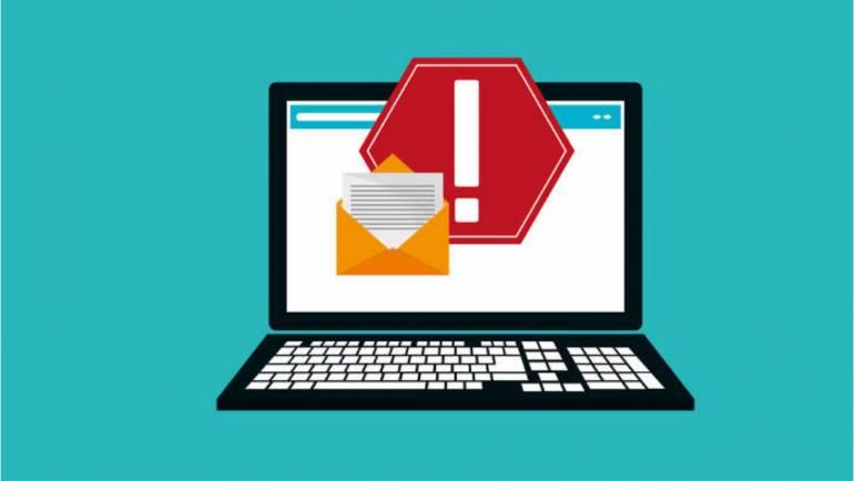 Inspectați cu atenție fiecare e-mail primit înainte de a accesa atașamentele!
